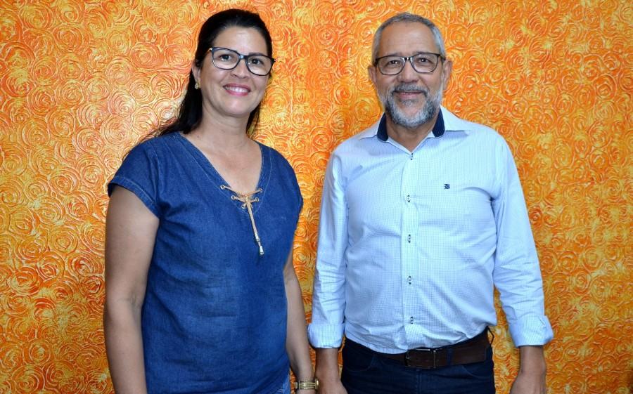 IVINHEMA Professora Angela e Z Dias se unem pensando em 2020